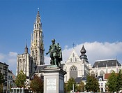 Rubens monument and the Notre Dame cathedral, Onze-Lieve-Vrouwekathedraal, Groenplaats, Antwerp, Flanders, Belgium, Europe
