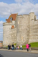 Curfew Tower and west wall of Windsor Castle, Thames Street, Windsor, Berkshire, England, United Kingdom, Europe