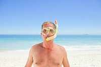 Senior man with his mask and his snorkel