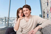 Germany, Hamburg, Man and woman smiling, portrait
