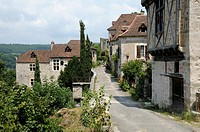 France, Lot  Medieval village of St  Cirq Lapopie