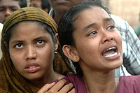 Garment workers protest against their inhuman treatment by the factry onwners Savar, Bangladesh, June 2006