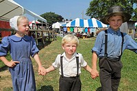 Pennsylvania, Kutztown, Kutztown Folk Festival, Pennsylvania Dutch folklife, Amish, heritage, religion, tradition, custom, girl, boy, brother, sister,...