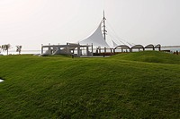 A WATERFRONT PARK IN DUBAI,UAE