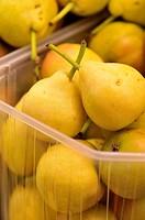 Pears in the Sant Josep market (aka La Boqueria), Barcelona, Catalonia, Spain