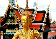 Statue in grand palace in Bangkok
