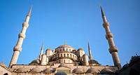 The Blue Mosque Sultan Ahmet Camii in Sultanhamet, Istanbul, Turkey.