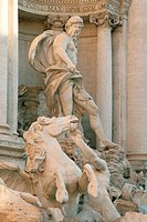 Trevi fountain detail