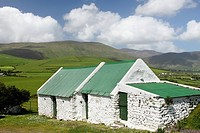 old farmhouse on the dingle peninsula in munster region, county kerry, ireland