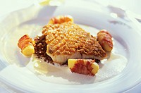 Pike_perch on lentils with potatoes & bacon on plate