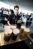 In the seventh floor of the Guinness Storehouse, in the Gravity Bar, we can taste a paint, whith the best Dublin views, in a viewpoint of 360º  Dublin...