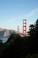 USA, California, San Francisco, Golden Gate Bridge at sunrise