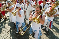 Parade of 'Pe&#241;as' clubs and music bands, San Ferm&#237;n street-partying, Pamplona, Navarra Navarre, Spain, Europe