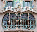 Facade Detail of Casa Battlo
