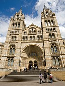 Natural History Museum main gate, South Kensington, London, England, Great Britain, Europe