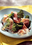 crunchy sauteed broccoli with parma ham and balsamic vinegar