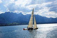 Switzerland, Canton Bern, Lake Thun, sailing
