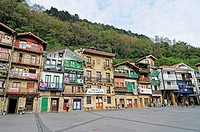 Pasai Donibane, fishing village, Fischerdorf, San Sebastian, Pais Vasco, Basque Country, Baskenland, Spanien, spain