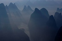 Morning haze, Guilin, row of mountains, Li River, Yangshuo, Guangxi Zhuang Autonomous Region, China, Asia