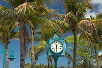 PUBLIC CLOCK TIMES SQUARE PEDESTRIAN MALL FORT MYERS BEACH FLORIDA USA