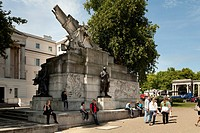 The Royal Artillery Memorial on the roundabout at Hyde Park Corner