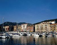 Nice is a city and port in southern France located on the Mediterranean coast,between Marseille and Genoa. Visitors and residents moor boats along the...