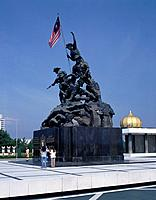 National monument. War Memorial. Bronze statue by de Weldon. 1966. Commemorates Emergency. Flag