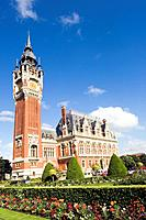 The town hall of Calais was built in 1885 in the Haute Ville.The Belfry at 75 metres high contains a set of bells which chimes regularly.