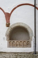 Kreuzgang, Wandnischengrab, sogenanntes Offenes Grab