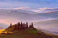 Val d'Orcia  Orcia Valley  Morning fog  The Belvedere at dawn  UNESCO World Heritage Site  San Quirico d'Orcia  Siena Province  Tuscany  Tuscany lands...