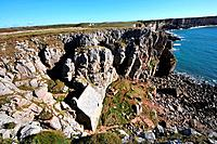 St. Govan´s chapel in the Pembrokeshire Coast National Park, Pembrokeshire, south_Wales, Wales, Great Britain