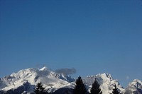 View at Wettersteinmountains with Alp_and Zugspitz, Garmisch_Partenkirchen, Bavaria, Germany, Europe