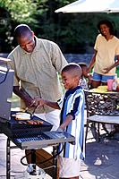 Family grilling for lunch
