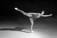 H.Nowell, Figure Skating