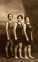 sports, gymnastics, three athletes, Germany, Munich, circa 1913,