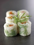 Salmon and dill makis