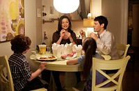 movie, The Rebound, USA 2009, director: Bart Freundlich, scene with: Andrew Cherry, Catherine Zeta_Jones, Kelly Gould, Justin Bartha,