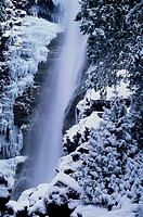 Rainbow Falls in Winter