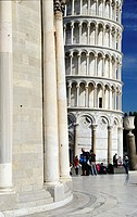 Piazza dei Miracoli, the Duomo and the leaning tower, Pisa, Tuscany, Italy