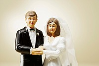 Wedding cake figurines