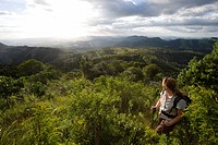 Female hiker at Castle Beacon near Bvumba Mountains, Bvumba, Eastern Highlands, Zimbabwe