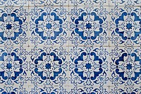 Portuguese glazed tiles 212