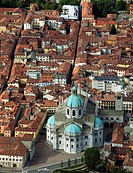 Italy, Lombardy, Como, aerial view, Duomo, cathedral.