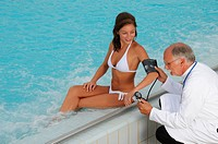 Wellness, bath, doctor, treatment, processing, health, Beauty farm, investigation, woman, swimming_pool, pool, blood pressure