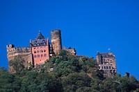 Germany, Rhineland_Palatinate, Oberwesel, Schonburg Castle.