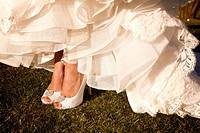 bride wedding dress shoes