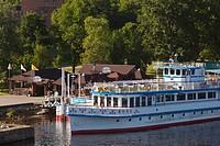 Russia, Novgorod Oblast, Veliky Novgorod, Volkhov River, tourboats at Kremlin Landing