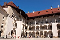 INNER COURTYARD OF THE ROYAL CASTLE, WAWEL HILL, CRACOW, POLAND