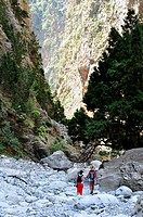 Two girls hiking the Samaria gorge