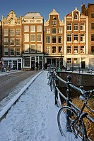 Snow covered bridge, Prinsengracht, Amsterdam, Netherlands